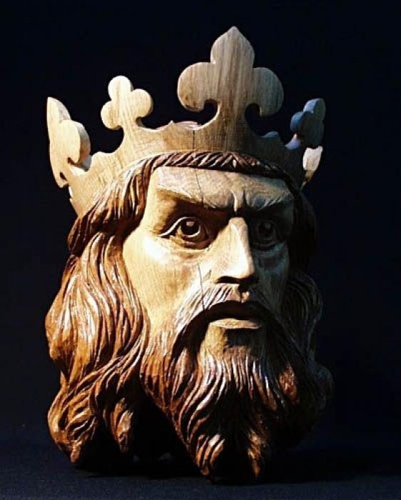 Every King. Oak. W 12in