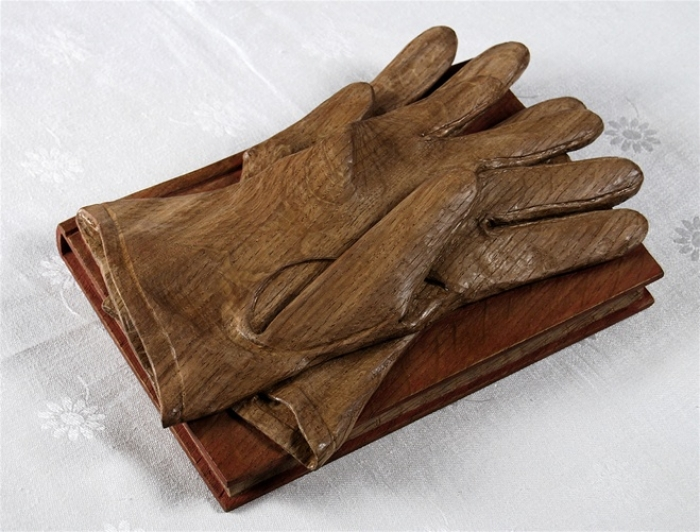 Gloves & Book. Oak Actual Size