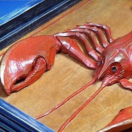 Lobster. Mahogany. D 2in