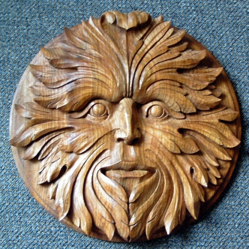 Solar Green Man Elm 15in